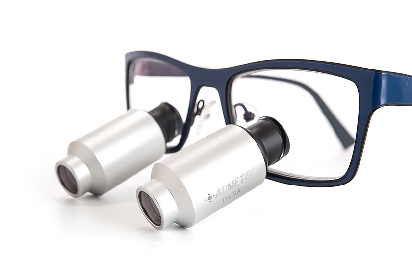 The latest Schultz dental loupes and portable headlight innovations