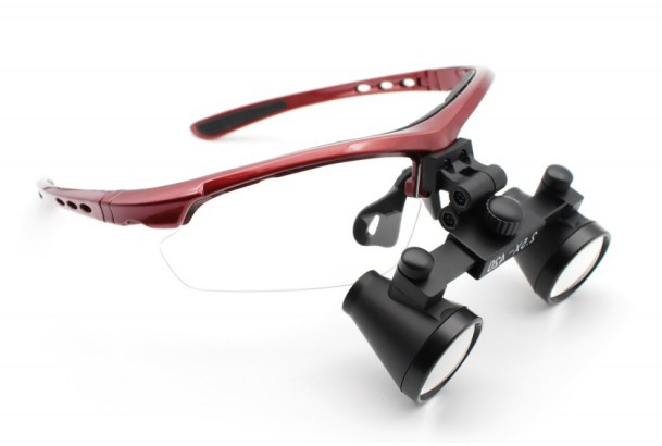 Dental magnification loupes