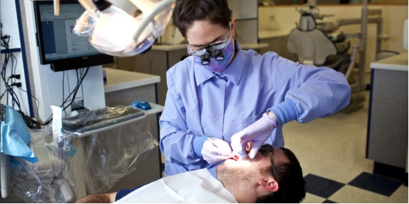 How Hygienists Can Benefit From Using Dental Loupes
