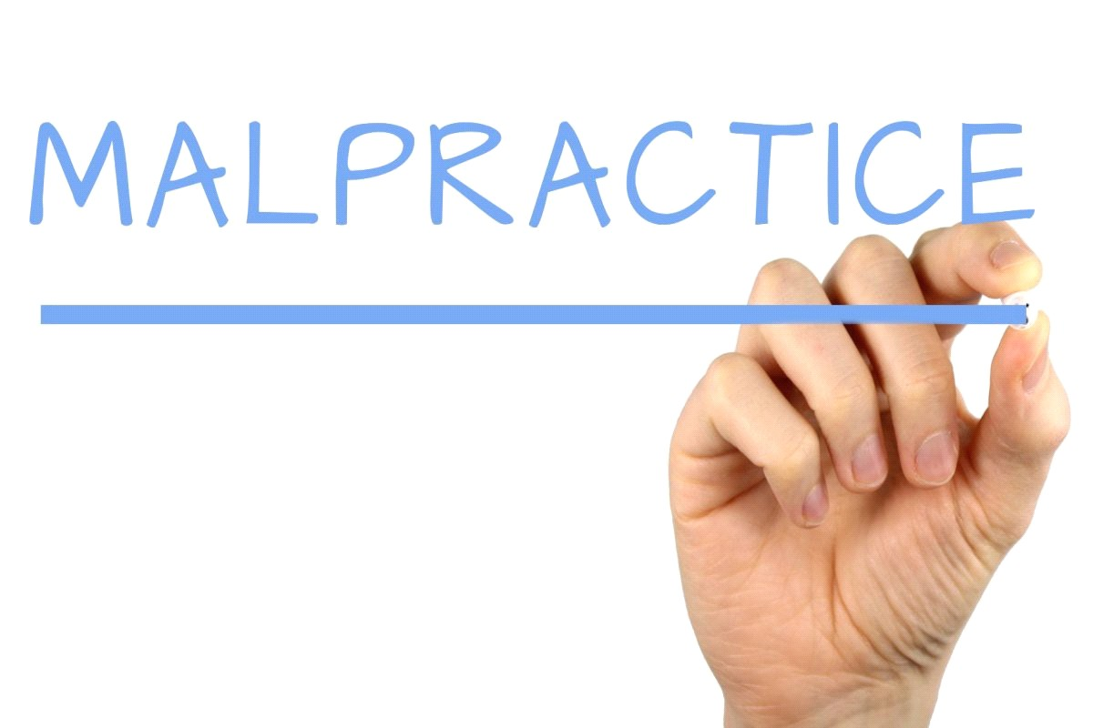 A Guide To Selecting The Right Dental Malpractice Insurance Company