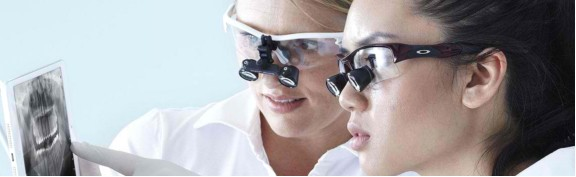 A Comparison Of The Different Types Of Dental Loupes